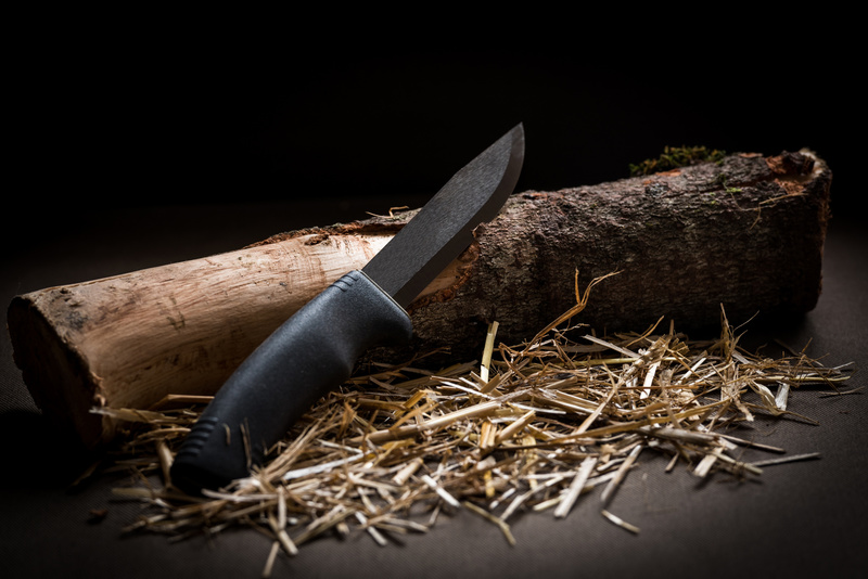 Survival 101: How to Buy the Best Fixed Blade Knife for Your Survival Kit